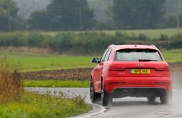 Audi RS Q3, rear, action