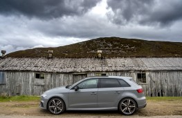 Audi RS 3 Sportback, 2019, side