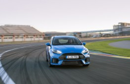Ford Focus RS, track