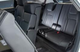 Lexus RX 450hL, 2018, rear seat access