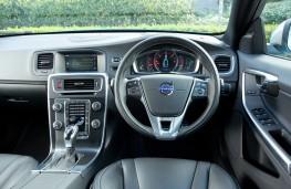 Volvo S60 R-Design, dashboard