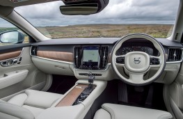 Volvo S90, interior