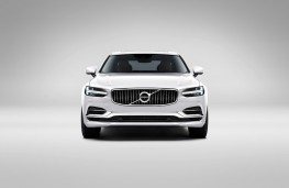 Volvo S90, nose