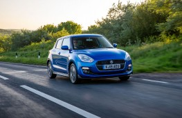 Suzuki Swift Attitude, 2019, front