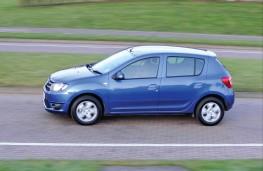 Dacia Sandero, side