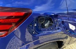 Dacia Sandero Bi-Fuel, 2021, fuel fillers