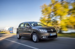 Dacia Sandero, 2017, side, action