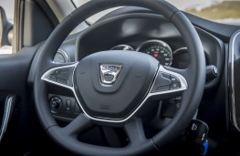 Dacia Sandero, 2017, steering wheel