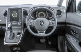 Renault Grand Scenic, 2016, dashboard