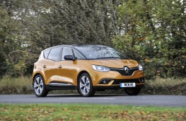 Renault Scenic, side