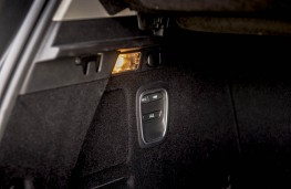 Renault Scenic, 2016, boot, seats release button