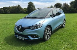 Renault Grand Scenic, 2017, front