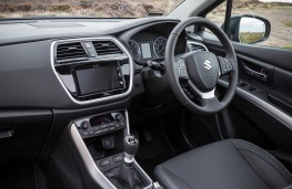 Suzuki S-Cross, 2017, interior