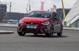 SEAT Ibiza FR, front action