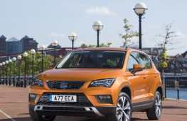 SEAT Ateca, upright