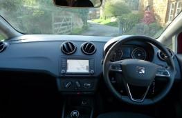 SEAT Ibiza, dashboard