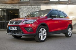 SEAT Arona FR, front