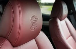Mazda MX-5 100th Anniversary, seat emblem