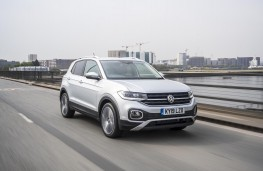 Volkswagen T-Cross SEL, 2019, front, action