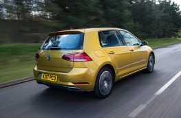 Volkswagen Golf SE, 2017, rear, action