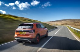 Volkswagen T-Cross SE, 2019, rear, action