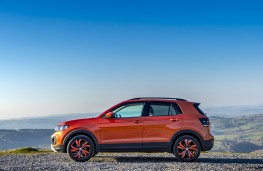 Volkswagen T-Cross SE, 2019, side, static