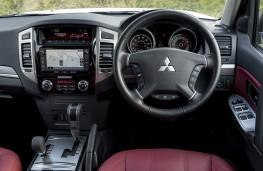 Mitsubishi Shogun LWB, controls
