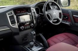 Mitsubishi Shogun LWB, interior