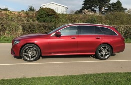Mercedes E-Class Estate, side