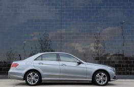 Mercedes E Class, side