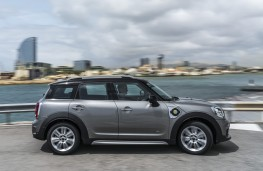 MINI Countryman Cooper S E ALL4, 2017, side