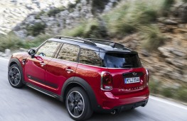 MINI John Cooper Works Countryman, 2017, side, action