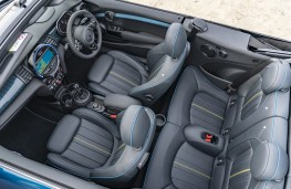 MINI Convertible Sidewalk Edition, 2020, interior