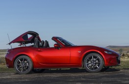 Mazda MX-5 RF, 2017, roof retraction 2