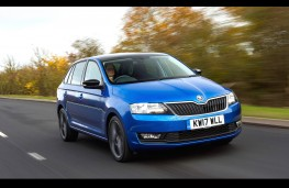 Skoda Rapid Spaceback, front