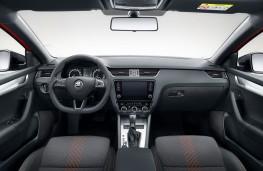 Skoda Octavia SportLine cockpit