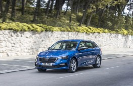 Skoda Scala, front action