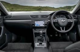 Skoda Superb Hatch, dashboard
