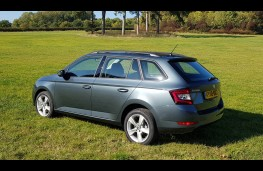 Skoda Fabia hatch, static