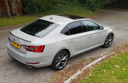 Skoda Superb Sportline 4x4, from above