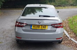 Skoda Superb Sportline 4x4, rear