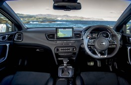 Kia ProCeed, interior