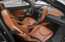 McLaren 720S Luxury, interior