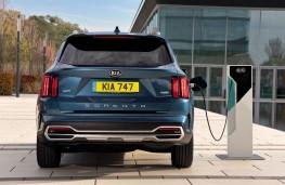 Kia Sorento plug-in hybrid, 2021, rear, charging