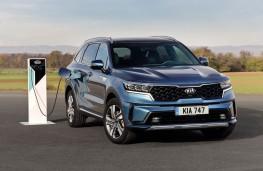 Kia Sorento plug-in hybrid, 2021, front, charging