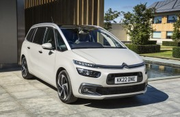 Citroen SpaceTourer, 2017, front