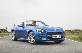 Fiat 124 Spider, 2017, side, static