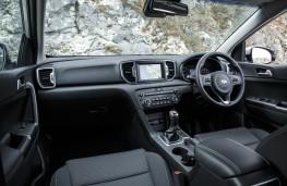 Kia Sportage 1.7 CRDi, interior