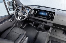 Mercedes-Benz Sprinter, 2018, interior