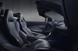 McLaren 720S Spider, 2018, interior